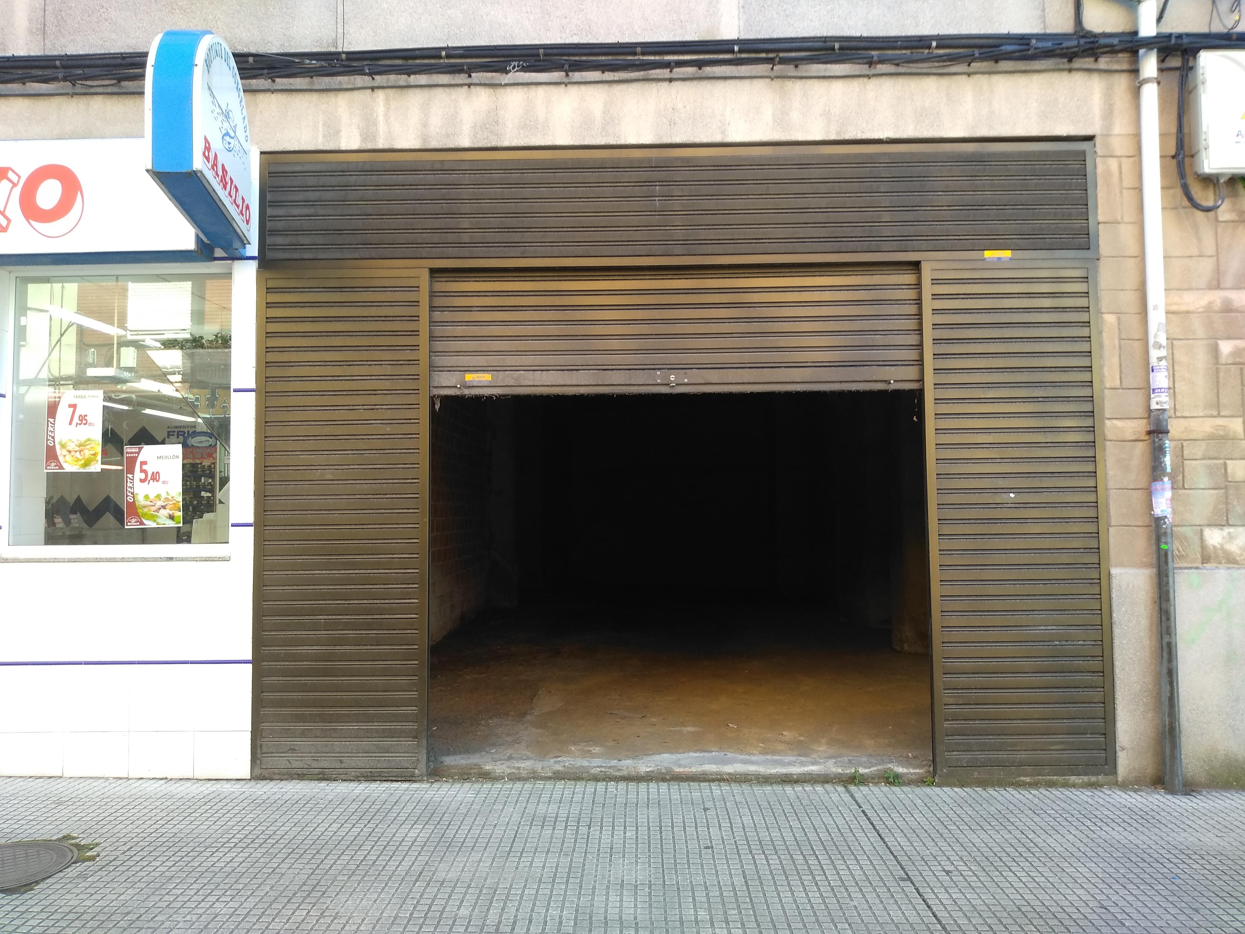 Alquiler local en Lugones Image